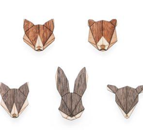 dřevěné brože